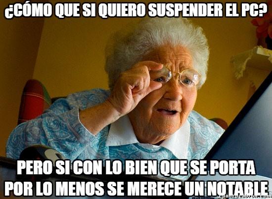 Abuela_sorprendida_internet - El PC no se merece suspender