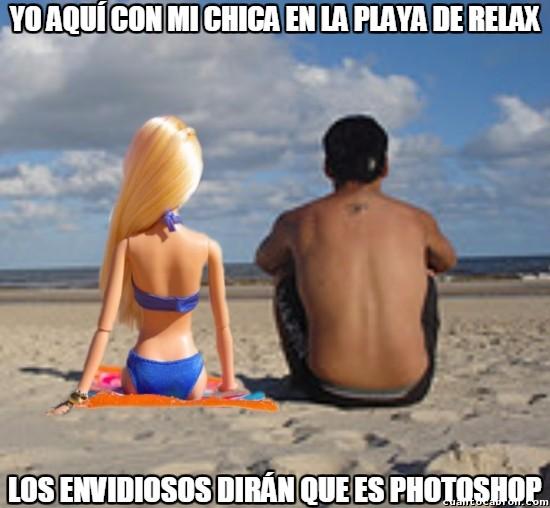 Meme_otros - Es que hay muchos envidiosos por ahí que critican cuando subes una foto con tu chica
