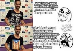 Enlace a El caso del futbolista presentado con la camiseta de Franco no es para tanto
