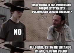 Enlace a Rick tiene problemas para ir al baño