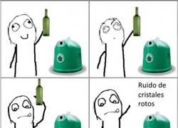 Enlace a Ese sonido fantástico al reciclar vidrio