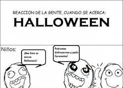 Enlace a Reaccion de la gente cuando Halloween se acerca