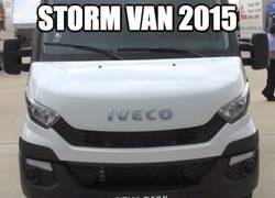 Enlace a ¡Temed a la Storm-van!