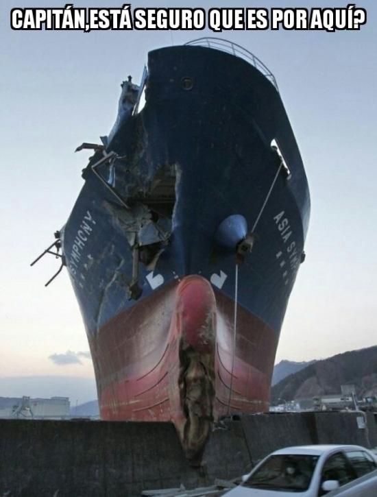 Meme_otros - El típico barco tripulado por un capitán algo terco