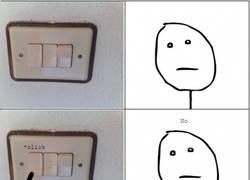 Enlace a Con lo bien que se nos dan los enchufes en este país y todo lo contrario con los interruptores