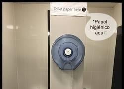 Enlace a Y lo mejor es que se ocupen los dos WC al mismo tiempo