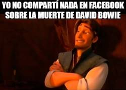 Enlace a Que en paz descanses, Bowie