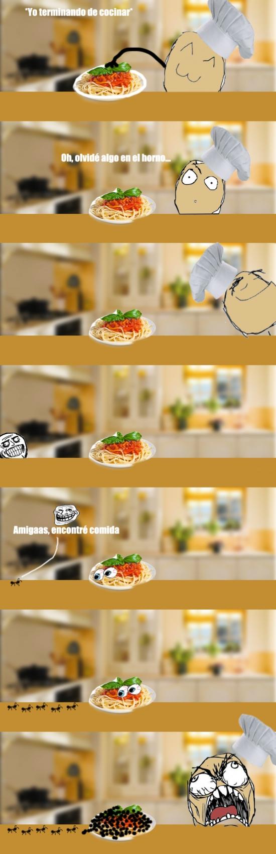 Ffffuuuuuuuuuu - Lo que pasa si te distraes un poco en la cocina...