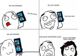 Enlace a Siempre pegado al móvil...