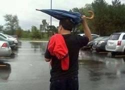 Enlace a Ojalá existiera algo para no mojarme con la lluvia