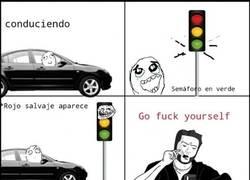 Enlace a Siempre nos encontramos con un semáforo así...