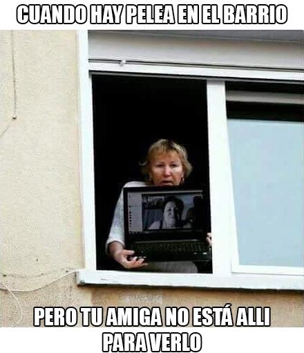 Meme_otros - Skype siempre es un salvavidas