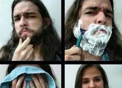 Enlace a Por eso hay hombres que no se deben de rasurar