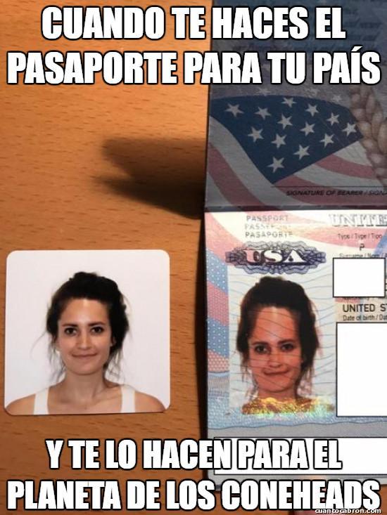 Otros - Un error en el pasaporte