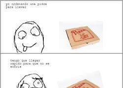 Enlace a Pizza calientita