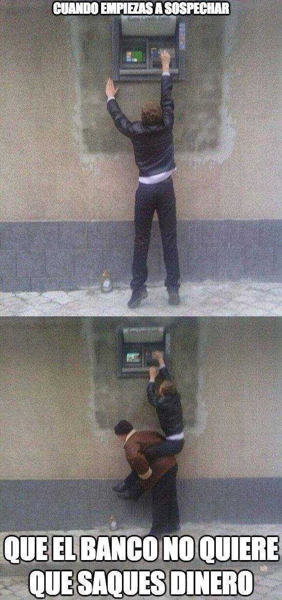 Meme_otros - Este banco es diabólico