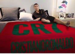 Enlace a Mientras tanto la habitación de Cristiano Ronaldo