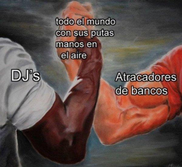 Meme_otros - Levante las manos