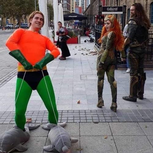 Meme_otros - El verdadero Aquaman si que le pone