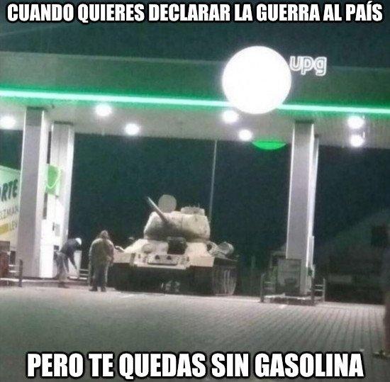 Meme_otros - Sin gasolina no se puede ir a ningún lado