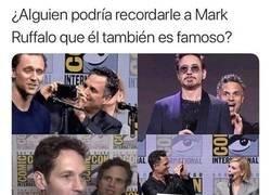 Enlace a Mark Ruffalo vive en su mundo