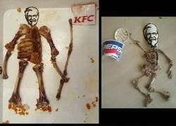 Enlace a Cuando terminas de comer en el KFC y te aburres