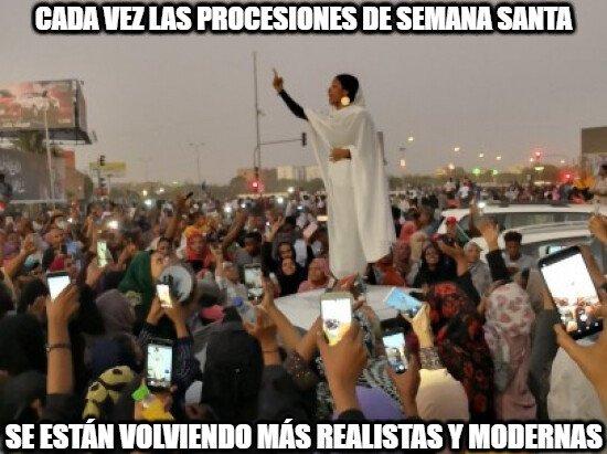 Meme_otros - Cómo han cambiado las procesiones de Semana Santa