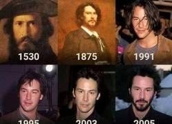 Enlace a Keanu Reeves a través de los años