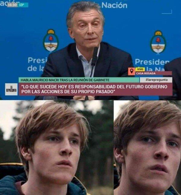 Meme_otros - Mauricio Macri ha sido poseido por Rajoy