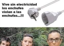 Enlace a Un enchufe macho no puede juntarse con una enchufa y robarle su electricidad, porque es suya