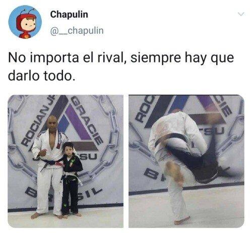 Meme_otros - No hay rival pequeño