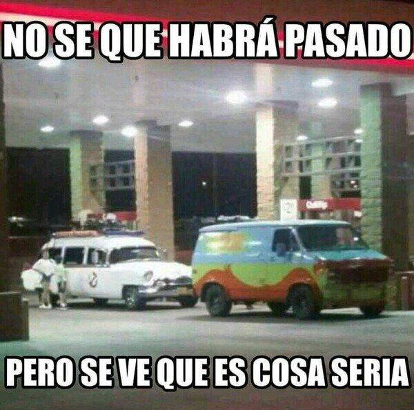 Meme_otros - Si han llamado a los Cazafantasmas y a Scooby Doo, es que la cosa se ha puesto fea