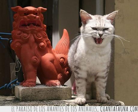 estatuas,gato,imitación