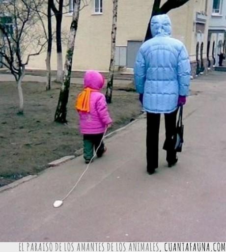 niña,pasear,ratón