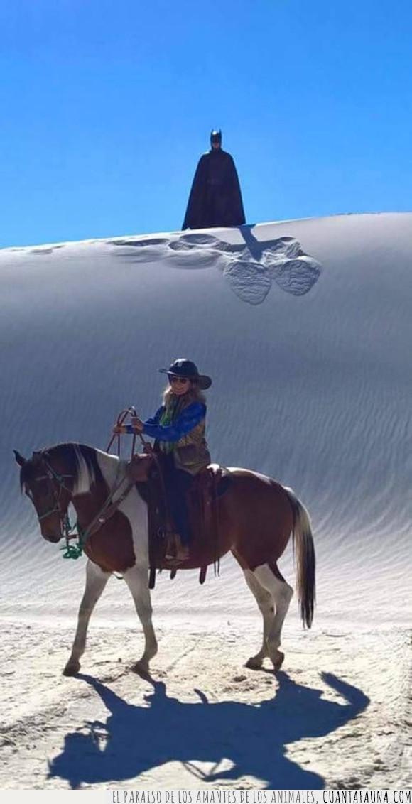 arena,batman,caballo,cosplay,desierto,dunas,jinete
