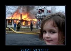 Enlace a GIRL SCOUT