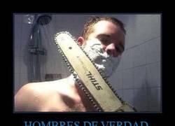 Enlace a HOMBRES DE VERDAD