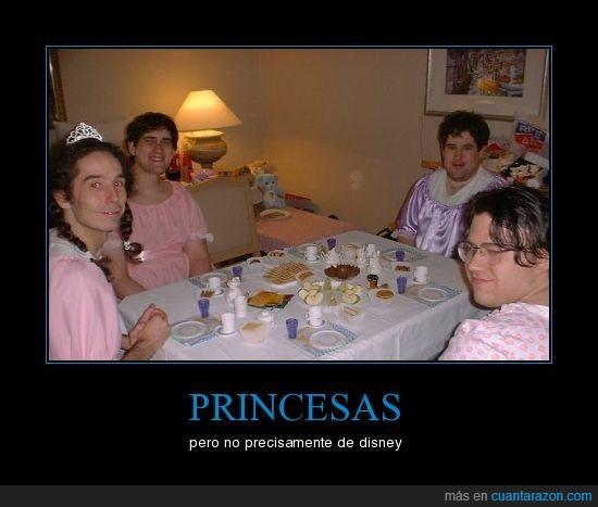 merienda,princesas,raros,tios