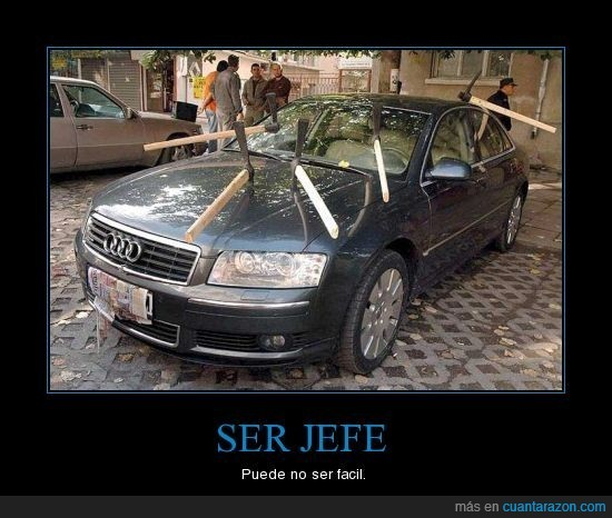coche,hachas,jefe