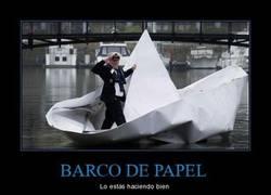 Enlace a BARCO DE PAPEL