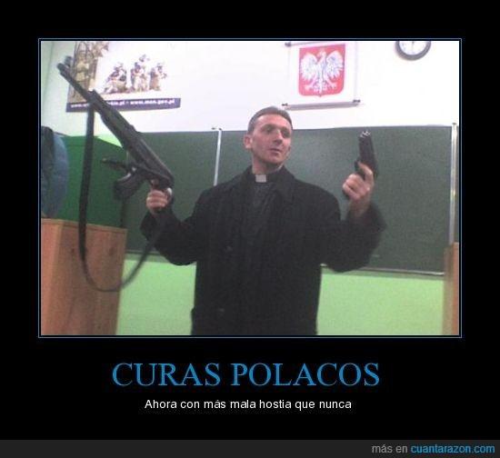 cura,metralleta,pistola