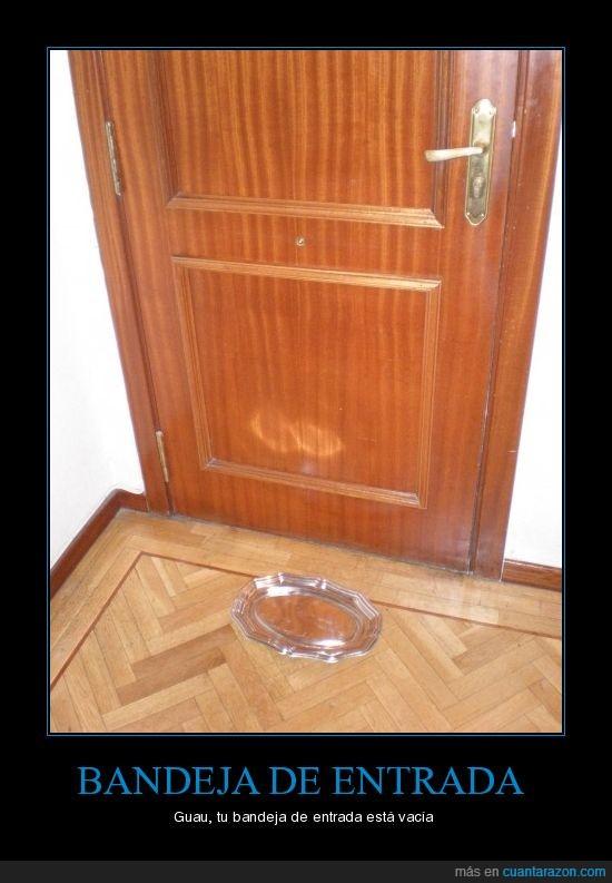 bandeja,entrada,puerta,vacía