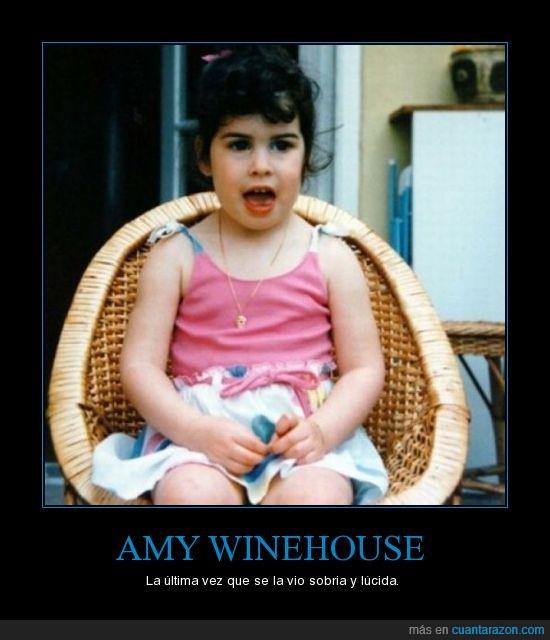 Amy Winehouse,niña,sobria