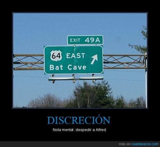 alfred,batcueva,batman,discrecion