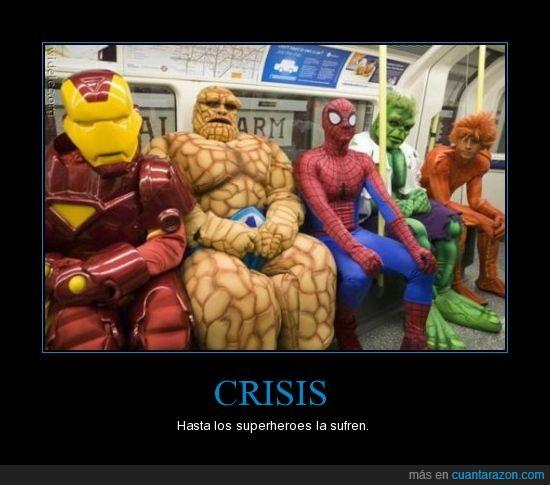 crisis,hulk,metro,spiderman,sufrir,superheroes
