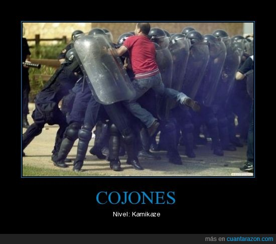 Cojones,Egipto,policía,valentía,valor