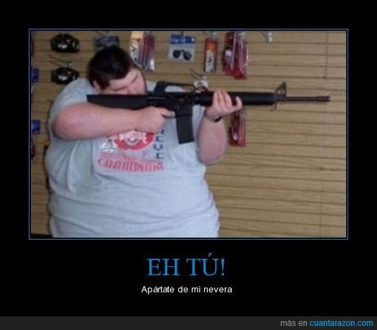 amenaza,arma,gordo