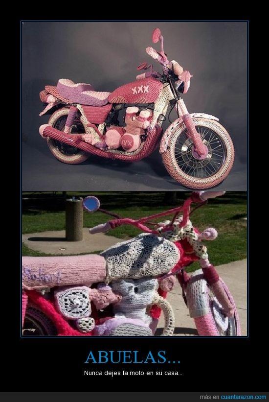 abuelas,casa,motos