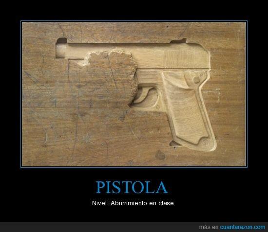 aburrimiento,clase,mesa,nivel,pistola