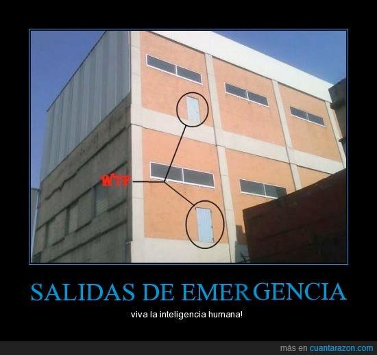 emergencia,escalera,nada,puerta,salida